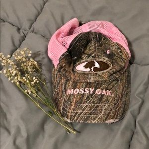 Mossy Oak Camo and pink hat